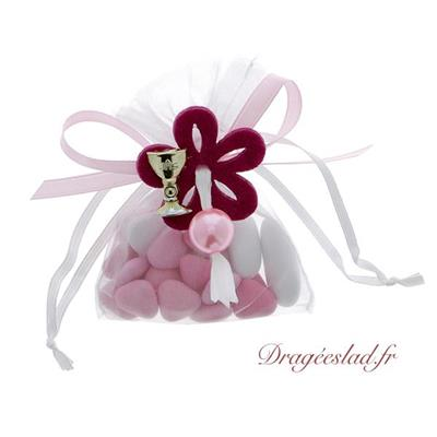 Sachet dragées communion fuchsia et rose calice